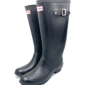 HUNTER Tall Black Rainboots